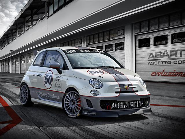 Anteprima e novità Abarth al salone di Dubai