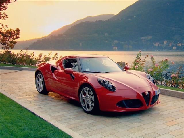 Top Gear: Alfa Romeo 4C vs Quadski