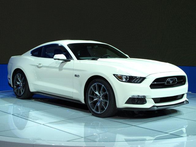 Ford Mustang 2015: mix tra passato e futuro