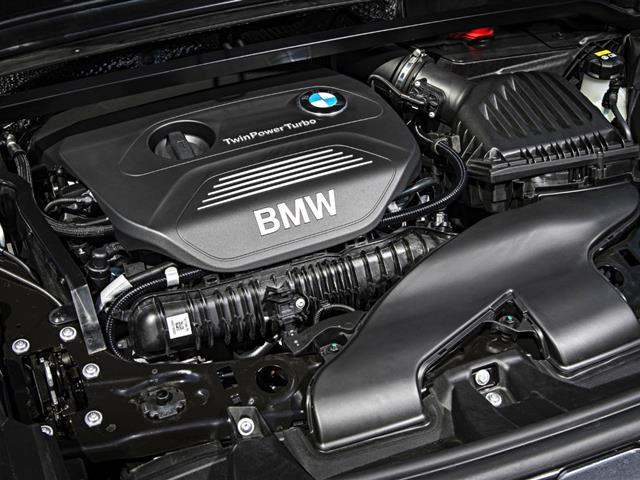 BMW X1 2015: nuovo design per il SUV compatto