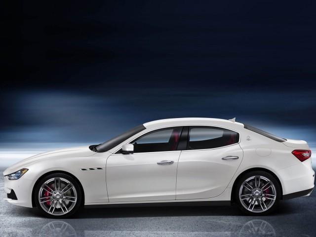 Maserati Ghibli si porta al passo con i tempi