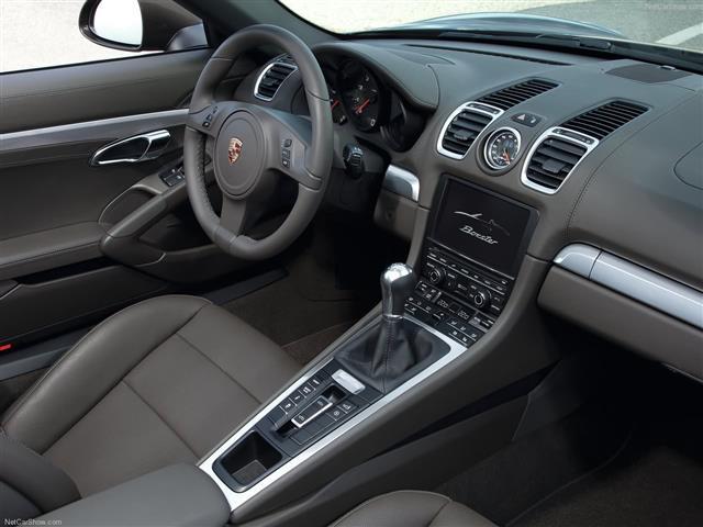 La nuova Porsche Boxter oggi cambia passo