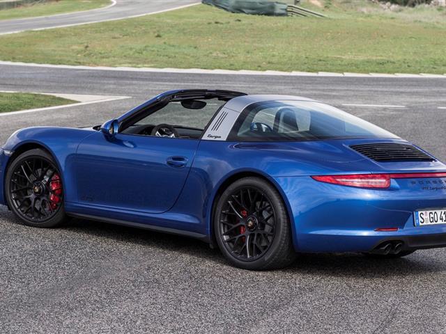 Porsche 911 Targa 4 GTS: puro divertimento