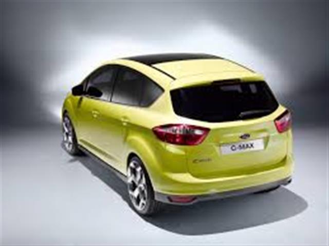 Ford C-Max: monovolume media con grandi pretese