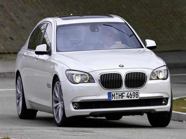 BMW Serie 7: la limousine bavarese