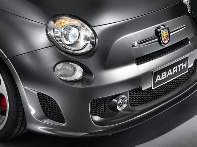 Abarth 500 Model Year 2014: battaglia di stile