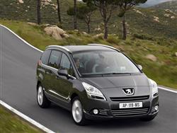 Peugeot 5008: rampante monovolume media