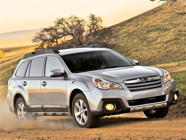 Subaru Legacy e Outback si differenziano