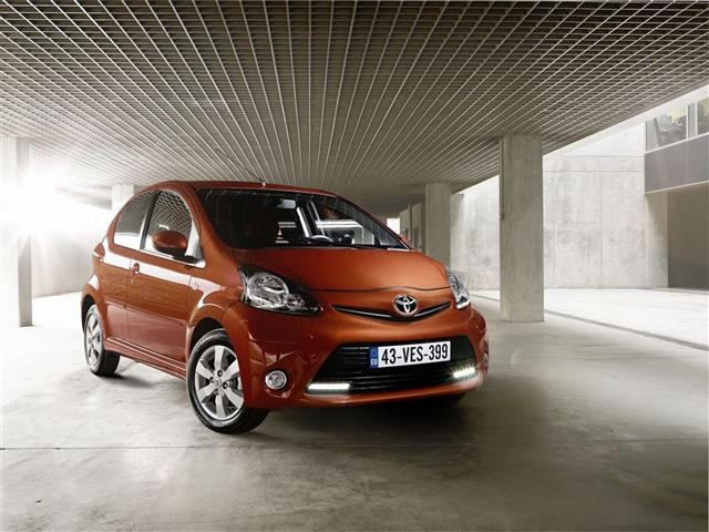 Toyota Aygo: Model Year 2012