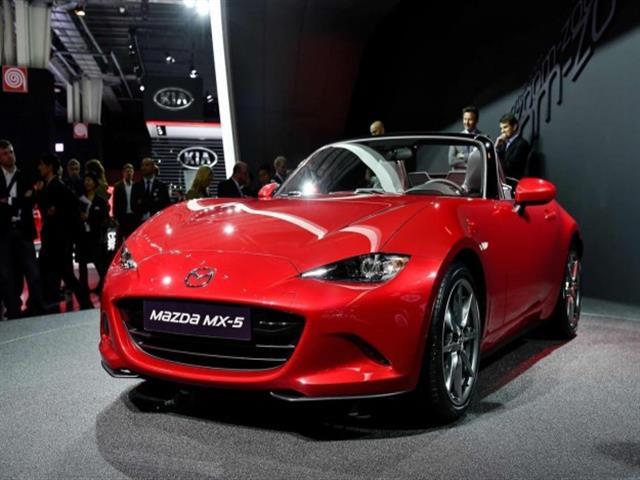 Mazda Mx-5 si rinnova e si ridimensiona