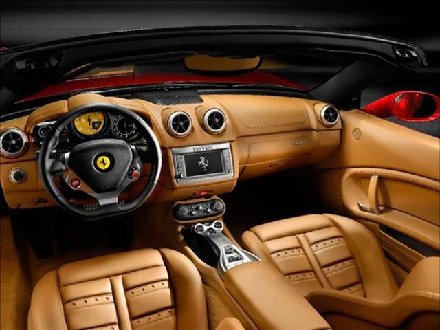 Ferrari California in versione coupé e spider