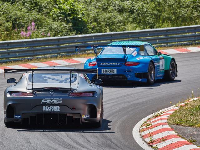 Debutto al Nurburgring per Mercedes AMG GT3